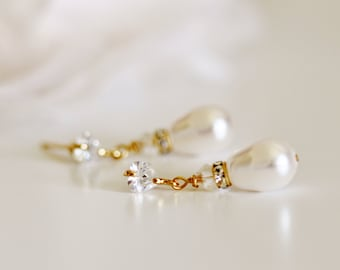 Gold Bridal Earrings, Pearl Bridal Earrings, Dainty Crystal Studs Rhinestone Swarovski Teardrop Pearl Earrings, Silver, Wedding Jewelry E127