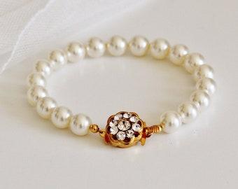 Pearl Bridal Bracelet, Pearl Wedding Bracelet For Brides, Gold Wedding Bracelet, Pearl Bracelet Bridal Jewelry B101