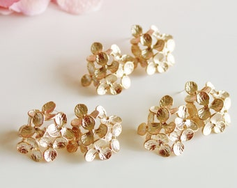 Gold Hydrangea Earrings, Bridesmaid Earrings, Gold Flower Earrings, Romantic Garden Wedding Jewelry Bridesmaid Gift Statement Earrings E208