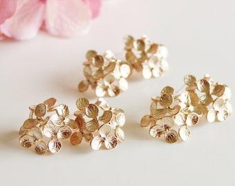 Gold Hydrangea Earrings, Bridesmaid Earrings, Gold Flower Earrings, Romantic Garden Wedding Jewelry Bridesmaid Gifts Statement Earrings E208