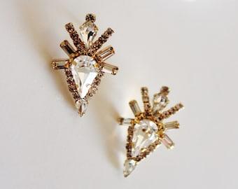 Modern Statement Swarovski Crystal Rhinestone Stud Earrings, Geometric Arrow Studs for Evening Formal Bridal Wedding Jewelry E202