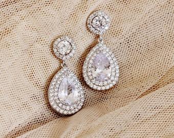 Bridal Earrings, Teardrop Crystal Wedding Earrings for Brides, Wedding Jewelry, Silver Dangle Drop Earrings, Halo Earrings E106