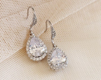 Wedding Earrings, Crystal Drop Earrings, Teardrop Bridesmaid Earrings Classic Wedding Jewelry Set Silver Rose Gold Bridesmaid Gift E112