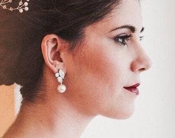 Pearl Bridal Earrings, Swarovski Pearl Earrings, Crystal Wedding Earrings, Bridal Jewelry, Ana E101