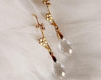 Romantic Wedding Earrings, Gold Bridal Earrings, Dainty Earrings, Swarovski Crystal Drop Earrings, Flower Earrings,Boho Wedding Jewelry E209