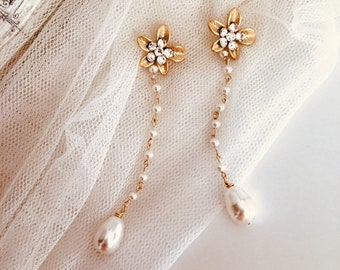Beaded Earrings Long Bridal Earrings Dangle Earrings Drop Pearl Earrings Delicate Earrings Gold Swarovski Crystal Stud Teardrop E211