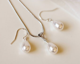 Pearl Jewelry Set, Teardrop Pearl Earrings and Necklace Set, Simple Bridesmaid Gift Set, Silver Rose Gold Wedding Jewelry Set S102
