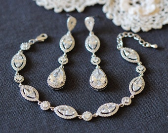 Chandelier Bridal Earrings, Marquise Bridal Bracelet, Long Crystal Wedding Earrings,  Vintage Victorian Style Bridal Jewelry Set S201