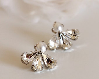 Bridal Earrings Studs, Swarovski Crystal Stud Earrings,Pearl Wedding Studs,E140