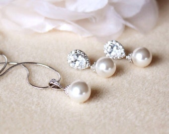 Pearl Bridal Jewelry Set, Classic Pearl Wedding Jewelry Set, Silver Bridal Set S107
