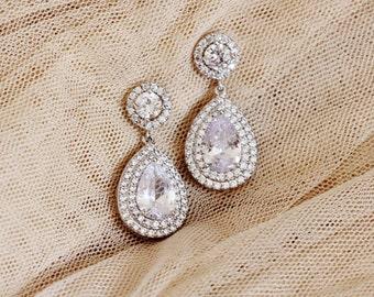 Bridal Earrings, Teardrop Crystal Wedding Earrings for Brides, Silver Dangle Drop Earrings, Halo Earrings, Wedding Jewelry E106