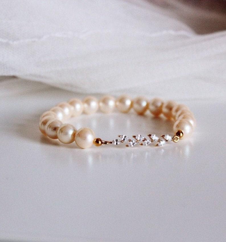 291d5db87f Perle Braut Armband, Gold Blatt Kristall Vintage Elfenbein Perle Armband,  Hochzeitsschmuck, Brautjungfer Geschenk Armband, Herbst B108