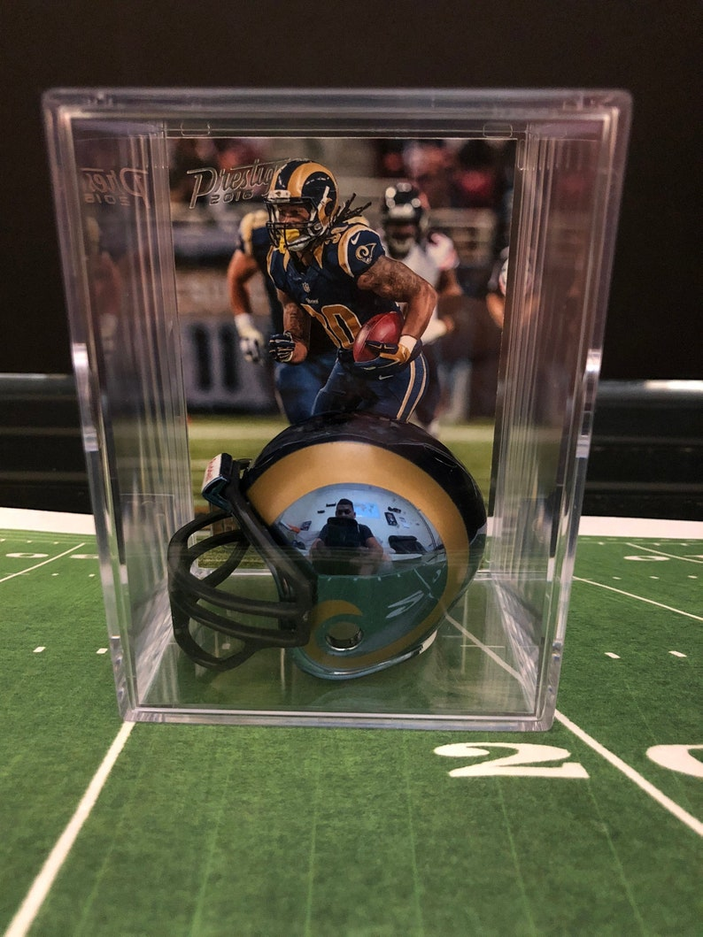 NEW L.A Rams NFL Helmet Shadowbox w//Jared Goff card