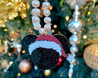 Santa Mickey Pearl Necklace