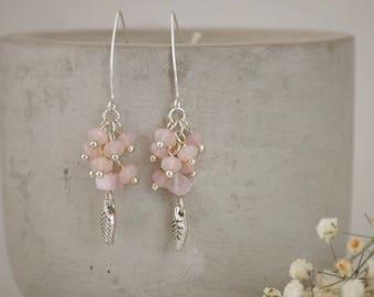 Pink czech glass earrings, pink earrings, drop earrings, pink cluster earrings, minimalist earrings, chic earrings, dangle & drop earrings