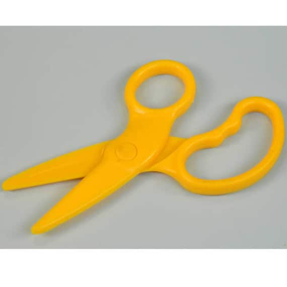 Dough Scissors Plastic Yellow for children/'s arts /& crafts