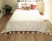 Luxury Moroccan Berber Wool Bed Blanket Throw with Tassels -Zara - 220x250cm