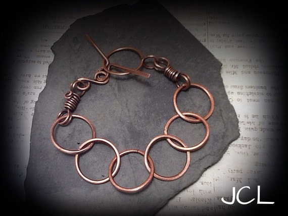 Copper wire bracelet Antiqued copper link bracelet with toggle clasp. Copper wire jewelry Wire wrapped jewelry