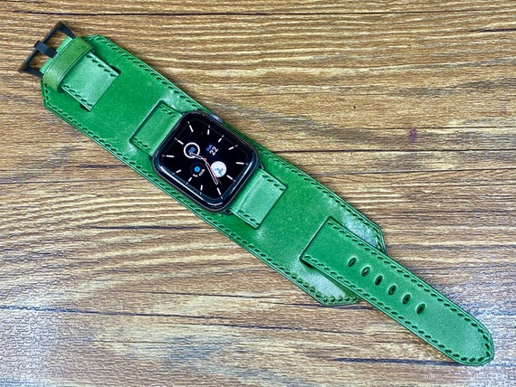 Apple Watch Band 44mm, iWatch Band 40mm, Green Leather Watch Straps for Apple Series 5 6, Stainless Steel Silver, Christmas Gift Ideas
