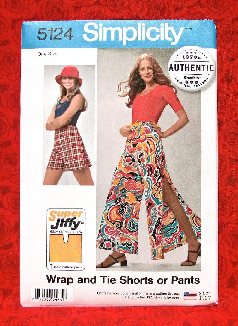 Simplicity Easy Sewing Pattern 5124, Wrap Pants, Shorts, Wide Leg Open  Style, Sizes Petite Small Medium, DIY Retro Fashion Sportswear, UNCUT