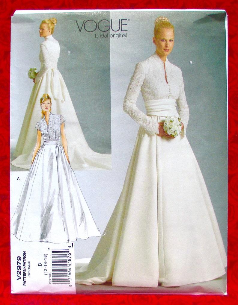 Vogue Sewing Pattern V2979 Bridal Gown Formal Wedding Dress image 0