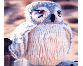 """Lovely 8.5"""" 21cms Tall Snowy Owl to Knit Knitting Pattern"""