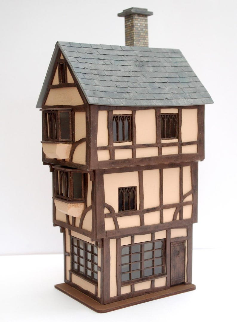 TOWNHOUSE OR FAIRY HOUSE DOLLHOUSE MINIATURE KITCHEN TABLE KIT 1:48 SCALE