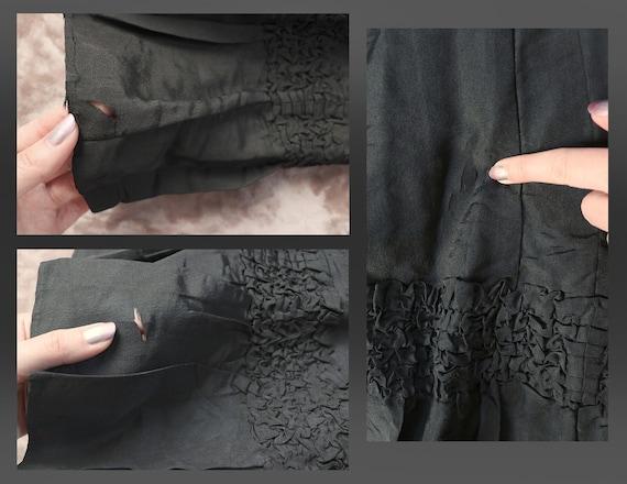 Antique Victorian Black Silk Bustle Skirt - 1890s… - image 10