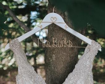 Wedding Hanger, Bridal Hanger, Mrs Hanger, Bride Hanger, Wedding Dress Hanger, Bridesmaid Hanger, Gifts for Her, Personalized Hanger, Wood
