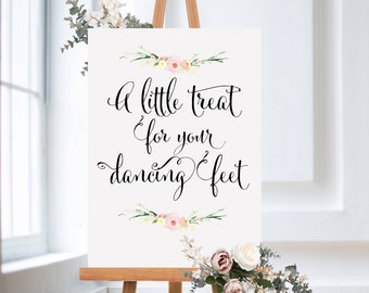 35fe61d3880a A little treat for your dancing feet - wedding sign