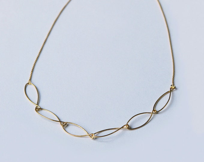 Gold-plated fish necklace, hammered thin collar, adjustable waist