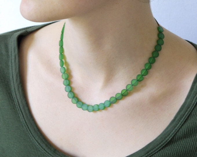 Plexiglas colour necklace, color neck collar, very elegant necklace