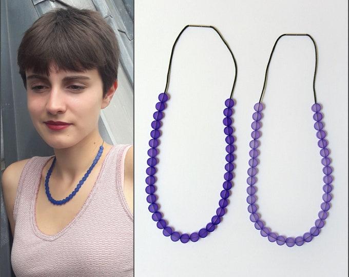 Short Plexiglas necklace, colour necklace, very elegant necklace
