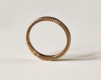 18-carat gold striped ring, men's and women's ring, fine wedding ring, rose gold ring