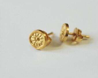 Gold-plated earrings, fine curls, handmade earrings