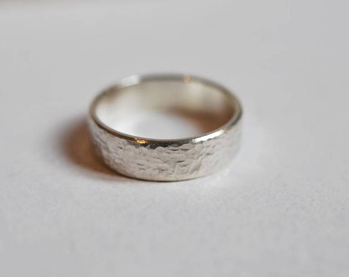 Hammered silver or 18K gold ring