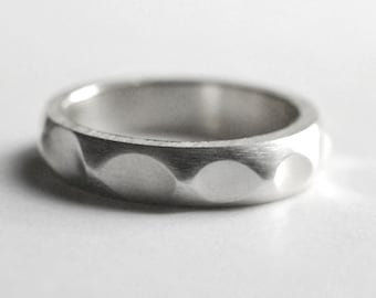 Solid silver ring, wave