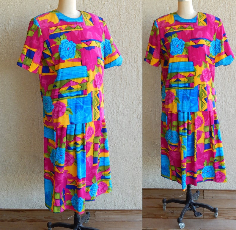 b7a5f67b5031 Two Piece Dress Suit Women Dress Floral Abstract Print by Donovan Galvani  Dallas Sz 12 Blouse Skirt Pink Blue ...