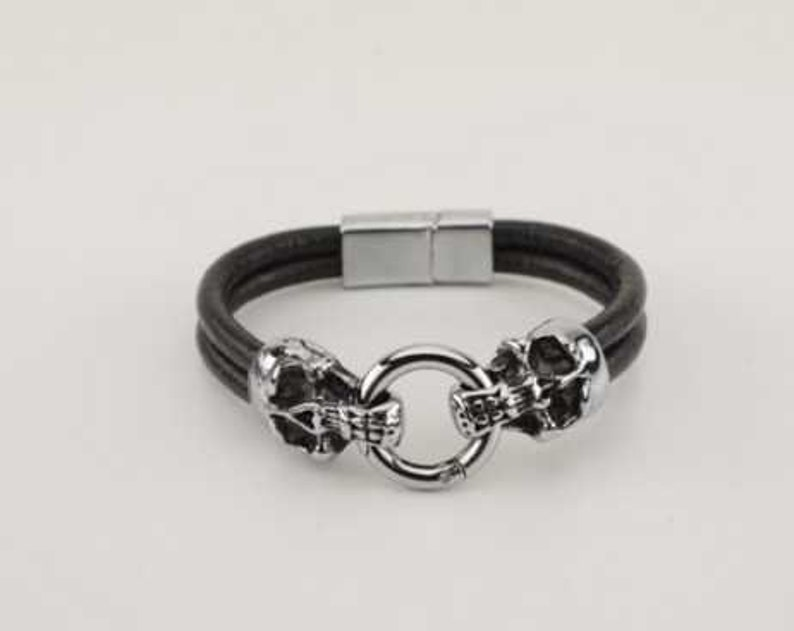 Skull Stainless Steel Screw Clasp Leather Bracelet  Unisex  image 0