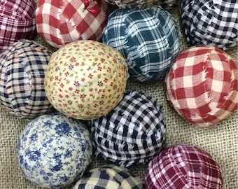 Primitive rag balls. Set of 6.  Homespun fabric bowl fillers. Fabric balls. Primitive decor. Rustic decor. Country style decor. Primitive