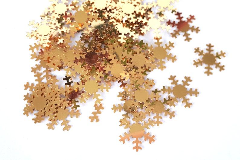Gold snowflake confetti   table confetti   snowflakes   Christmas   Winter