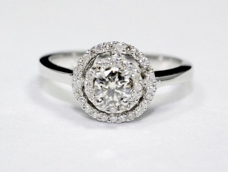 6ab5bbc3d696 1   2CT diamante anillo 14K oro blanco Band con Halo redondo