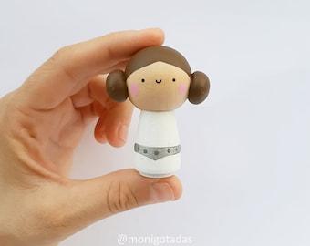Kokeshi inspired in Leia / Size M