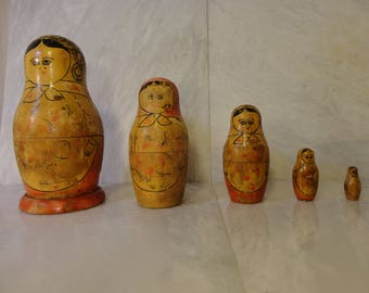 Matryoshka dolls or aka Russian nesting dolls or babushka dolls - hand made and hand painted (not in China) antique vintage toy