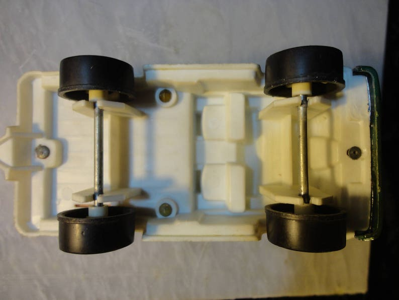 Tootsietoy 4x4 off road toy truck with a roll bar and lights