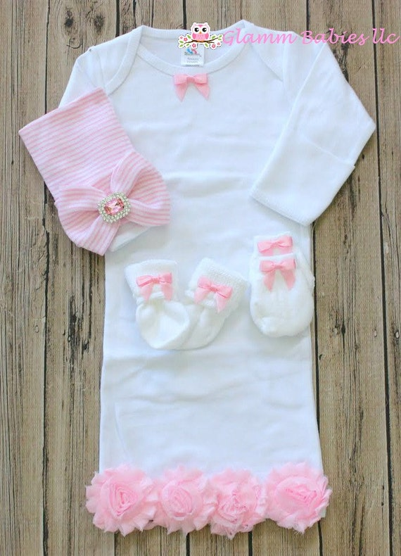 Baby Girl knotted sleepertake me home infant gown infant mermaid pajamas lilac bows with baby hat sock and mittens set baby shower gift