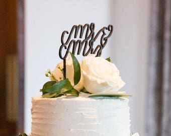 Wooden | Cake Topper | Calligraphy | Mr & Mrs | Cake Decoration