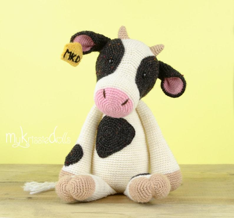 Crochet Pattern  COW image 0