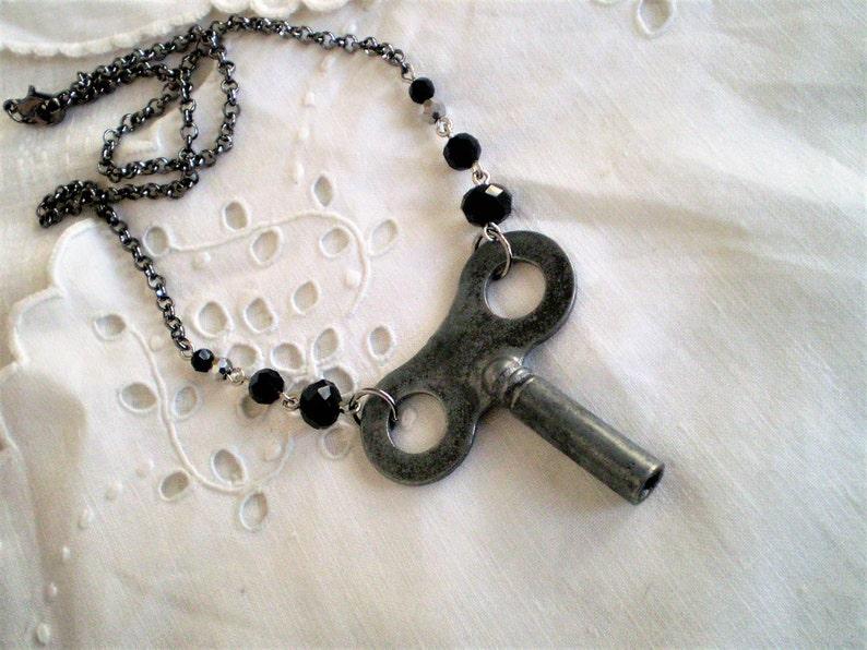 repurposed gunmetal short necklace industrial hardware Goth unique Steampunk Vintage Clock Key /& Jet Black Crystal Choker Necklace