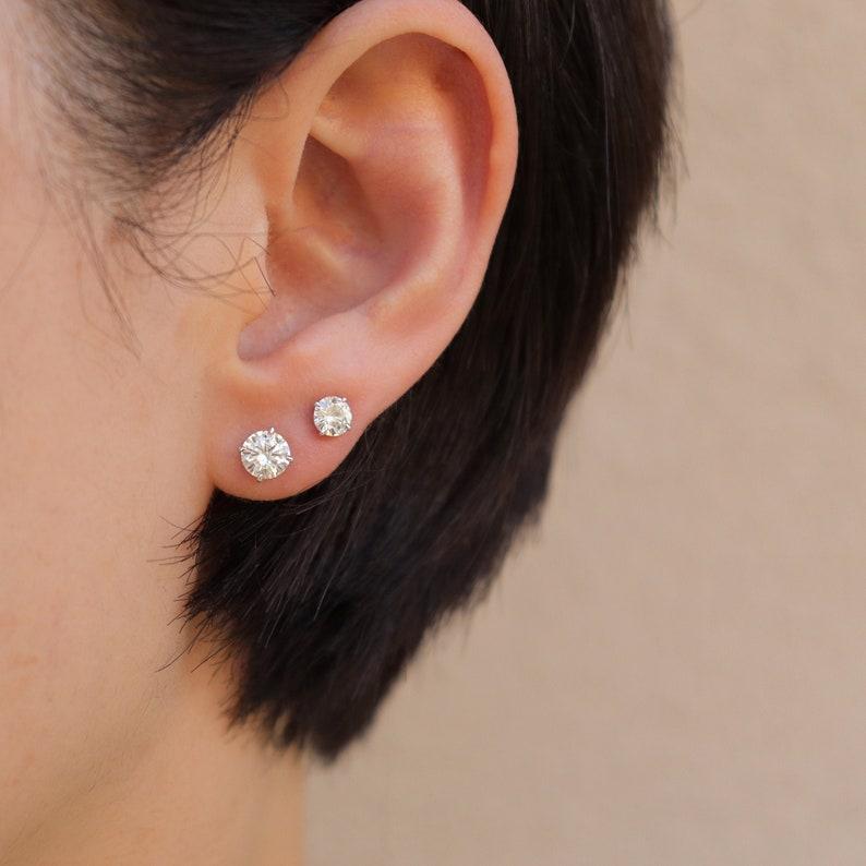 0.3 ct Diamond Stud Earrings Diamond Earrings Diamond image 0
